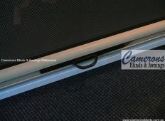 Ziptrak® Blind Features - Central Release Handle